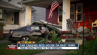 Driver crashes into home in Cleveland - Video