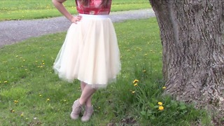 How to make a tulle skirt - Video