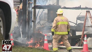 Fire in Stockbridge destroys pole barn full of equipment - Video