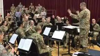 The U.S. Army band is giving free holiday concerts around the area - Video