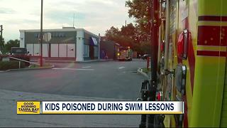 Children poisoned by chlorine gas during swim class - Video