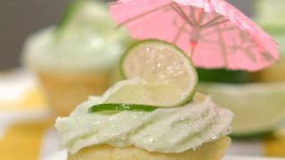 How to make margarita cupcakes - Video