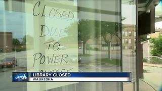 Waukesha city hall flooded , library without power - Video