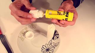 Life hack! Turn a glue stick into butter spread - Video