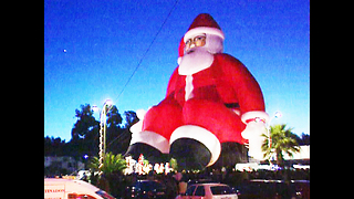 World's Biggest Inflatable Santa - Video