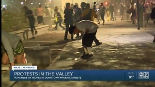 Protesters hit with tear gas by Phoenix police amid protest