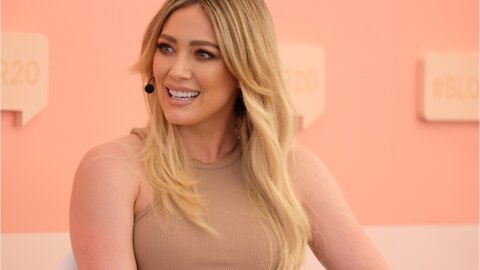 Hilary Duff Wears Holographic Eye With Face Mask