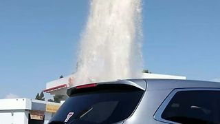 Water Spurts From Main Break in Tustin, California - Video