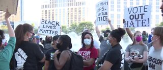 Las Vegas protesters support Portland protesters
