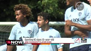 Sporting KC signs 15-year-old Gianluca Busio - Video