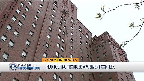 Cleveland, HUD inspectors tour troubled city apartment complex for health and building violations