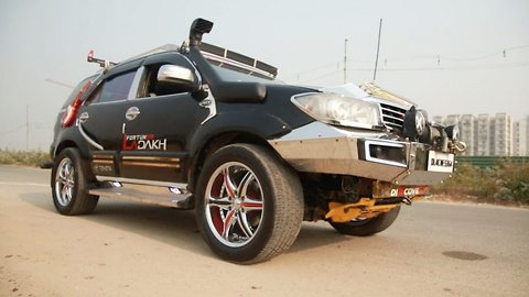 Indian man makes £8,700 modified SUV dance to entertain crowds