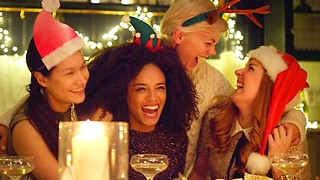 3 Festive Ways to Throw the Best Holiday Party Ever - Video