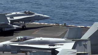 Taking off and landing on the USS George H.W. Bush Aircraft Carrier - Video