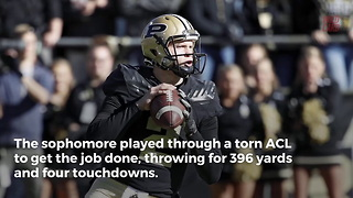 Purdue QB Leads Team To Victory With A Torn ACL - Video