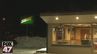 Three armed men rob Subway in Lansing - Video