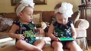 Adorable Twins Have Opposite Reactions To The Same Song