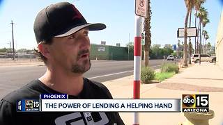 Phoenix police officers step in to help homeless man
