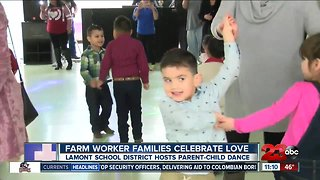 Lamont School District hosts parent-child dance