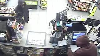 VIDEO: Masked armed men steal cash register from Phoenix Circle K - Video