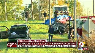 5 family members killed in crash - Video