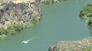 Mountain Home family help save the life of a man drowning in the Snake River