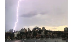 Sydney Harbour Struck by Lightning - Video