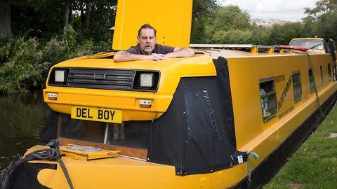 Lovely jubbly! Only fools and horses super fan splashes out £4k to convert narrowboat into del boy's van