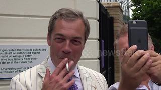Nigel Farage attends Wimbledon final - Video