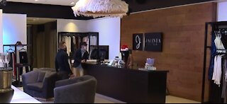 Slow day for small businesses in Las Vegas on Black Friday