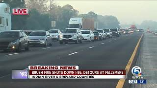 Smoke from brush fire closes I-95 in Indian River County - Video