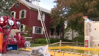 Fire destroys home near Manitowoc - Video