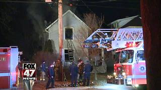 House badly damaged in morning fire - Video