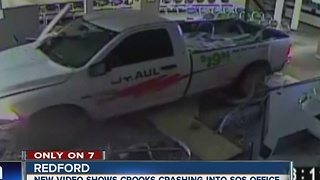 Thieves use truck to crash into Secretary of State office - Video