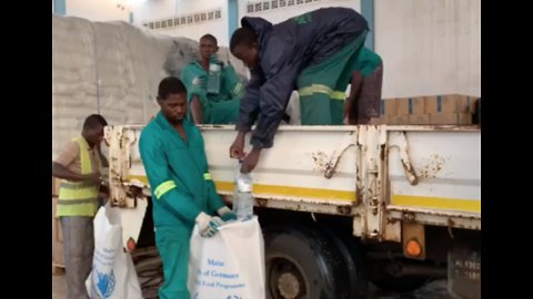 World Food Programme Staff Assist Mozambique Locals Affected by Post-Cyclone Flooding