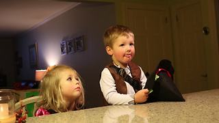 Kids pranked into believing uncle ate all their Halloween candy - Video