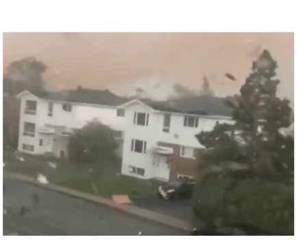 Man Witnesses Tornado Rip Through Neighborhood in Quebec