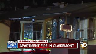 Fire rips through Clairemont apartment complex - Video