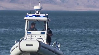 Crews search for man swimming near Hoover Dam - Video