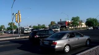 Accident shuts down Speedway and Craycroft intersection - Video