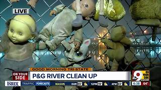 Procter and Gamble partners with trash barge to clean up Ohio River - Video