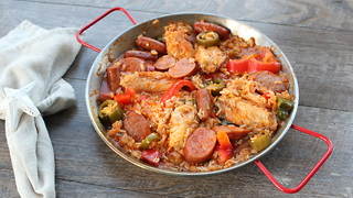 BBQTricks Spicy Smoked Sausage Paella - Video