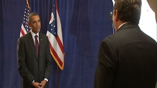 Former President Obama returns to campaign in Cleveland - Video