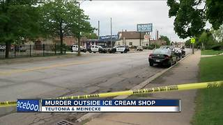 Murder outside a popular ice cream shop - Video