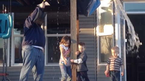 Dad Tricks His Children, Makes Them Completely Wet
