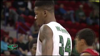 Former Green Bay Phoenix star signs NBA deal - Video
