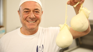 Raffaele Mascolo: The Artist Cheesemaker | Rare Life - Video