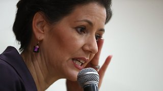 DOJ Reviewing Oakland Mayor's Warning About Impending ICE Raid - Video
