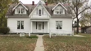 Inside Raytown's allegedly haunted Rice-Tremonti home - Video