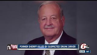 Former sheriff killed by suspected drunk driver - Video